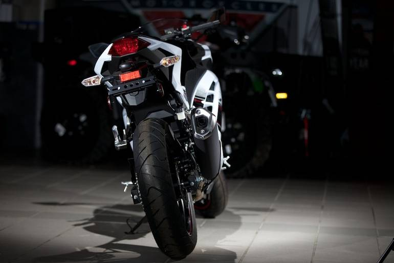 Akrapovic Kawasaki Z1000SX 20142015 Optional Header SS